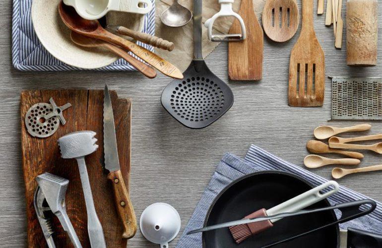 Les ustensiles de cuisine que vous devez avoir chez vous